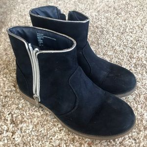 Girls navy blue ankle boots 2